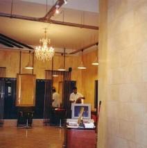 Hair dresser salon in Paris